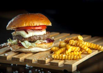 gourmet-burger-mosxarisio
